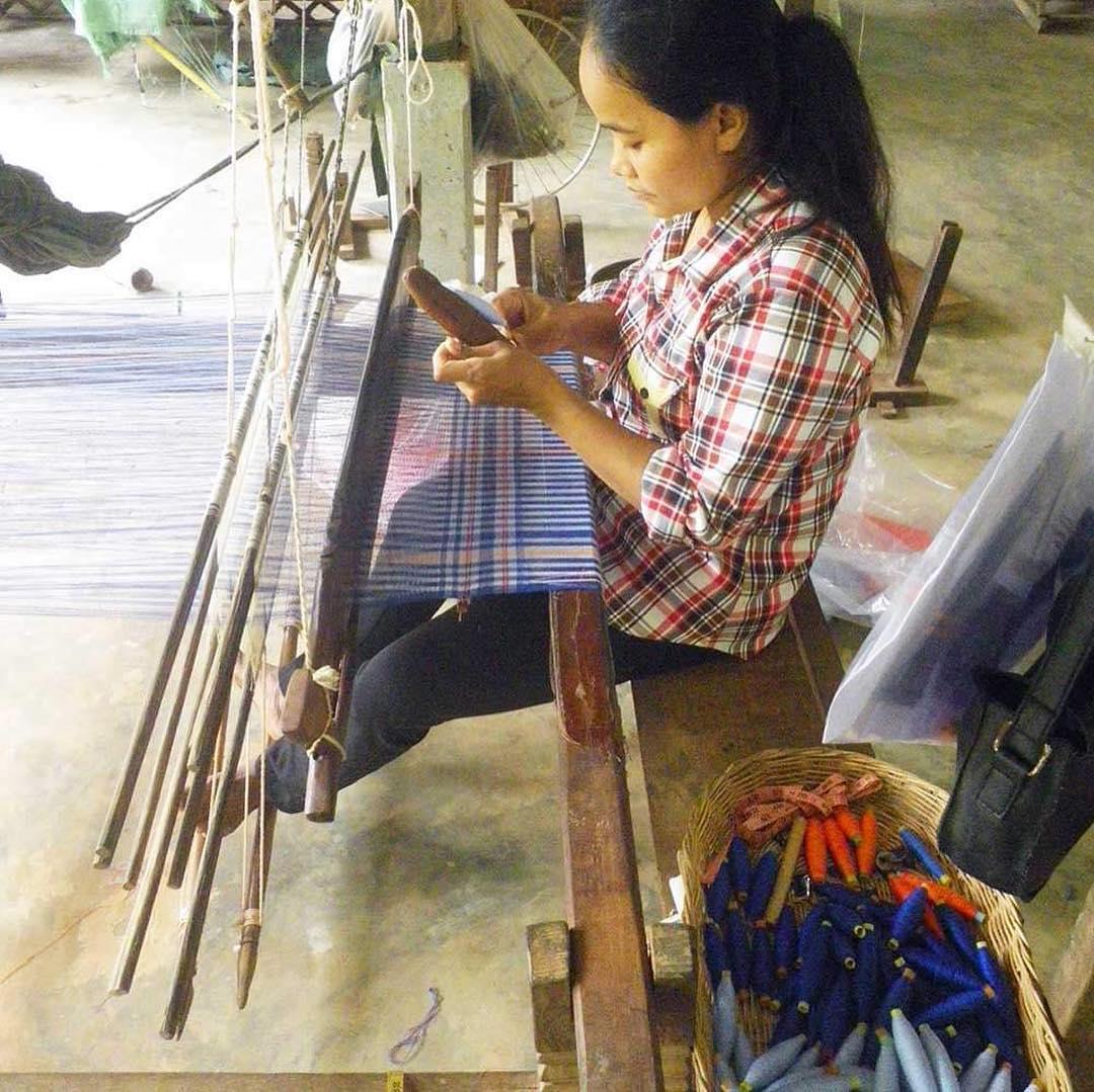 krama blue weave